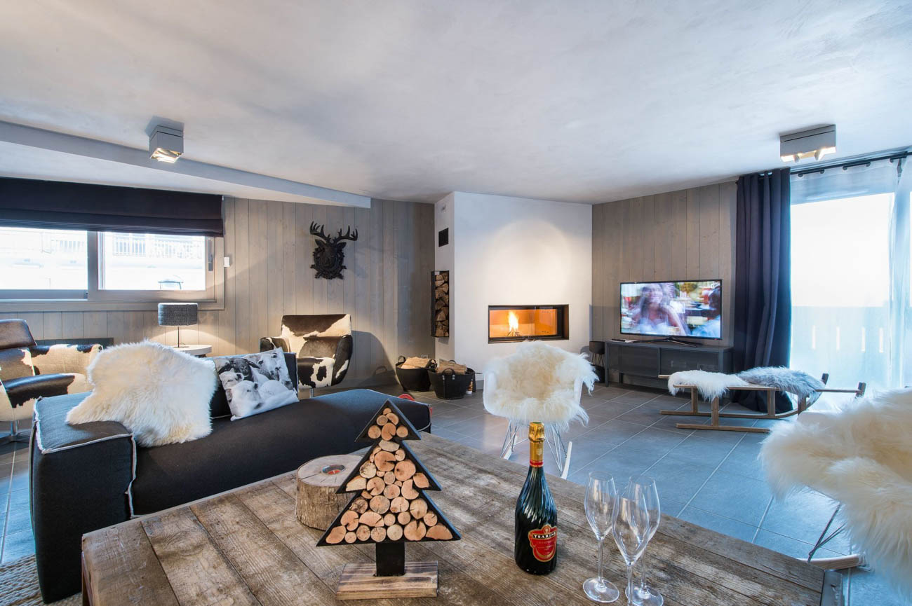 Luxury Catered Ski Chalet Abel