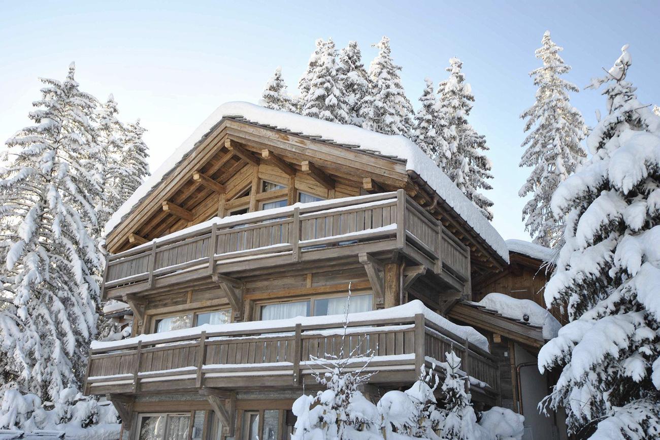 renting vacation villas Adan