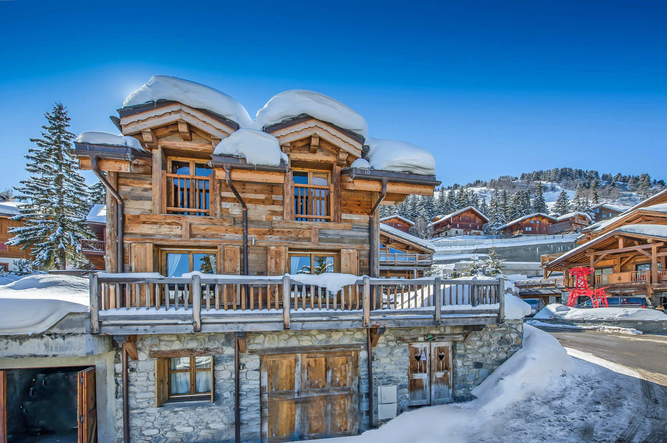 luxury ski Ajaca