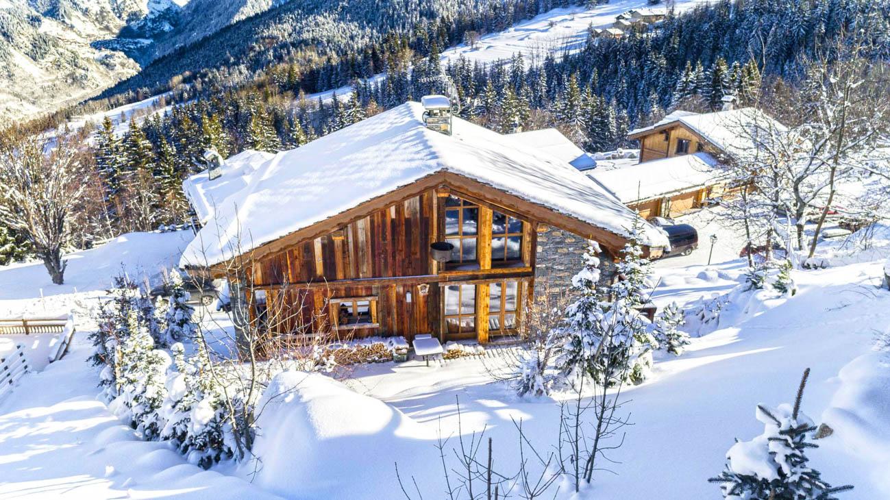 skiing holidays Courchevel
