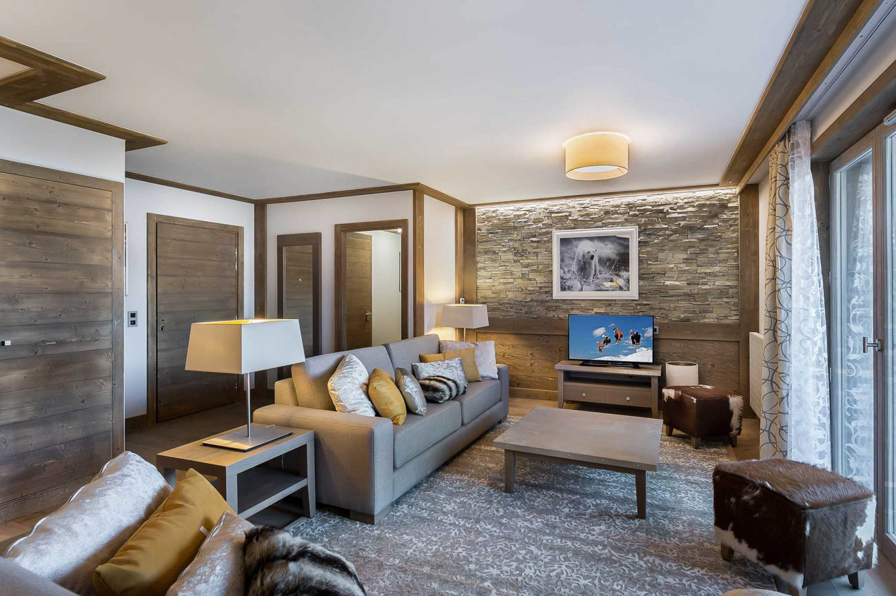 renting vacation villas Courchevel