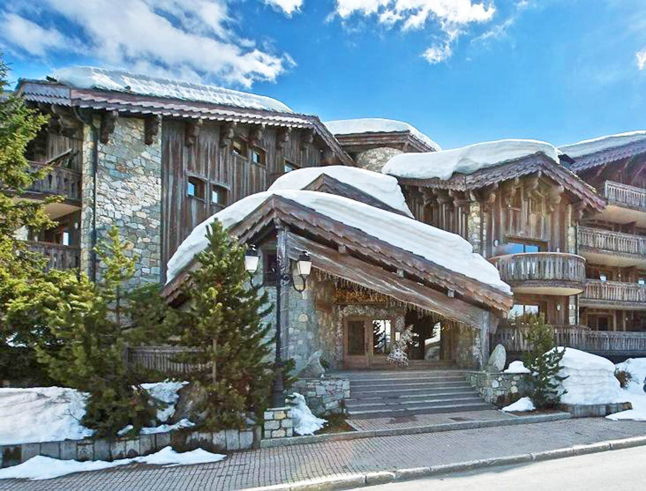 Courchevel prestige chalets Bali
