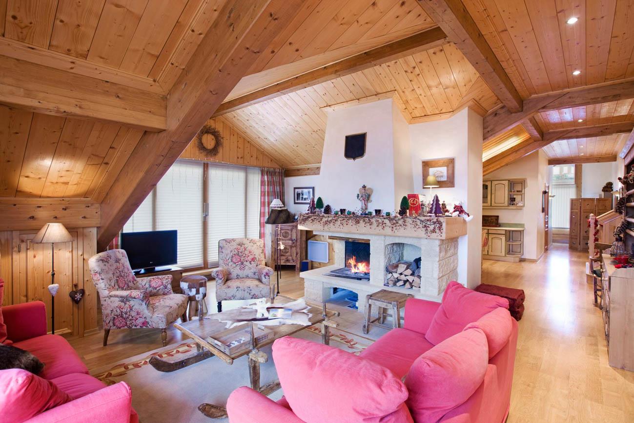 luxury ski in France Blue
