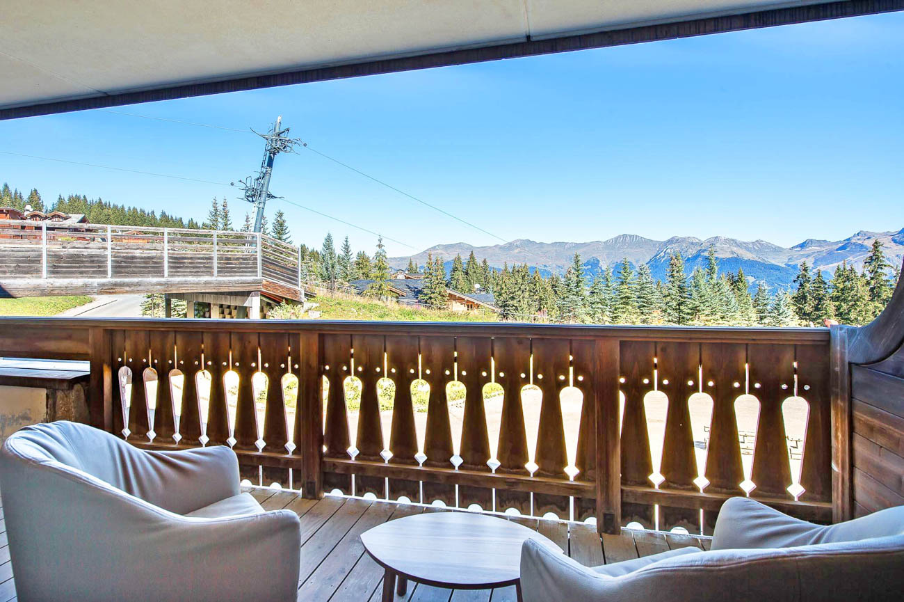 Luxury chalets and apartments in Courchevel Clara