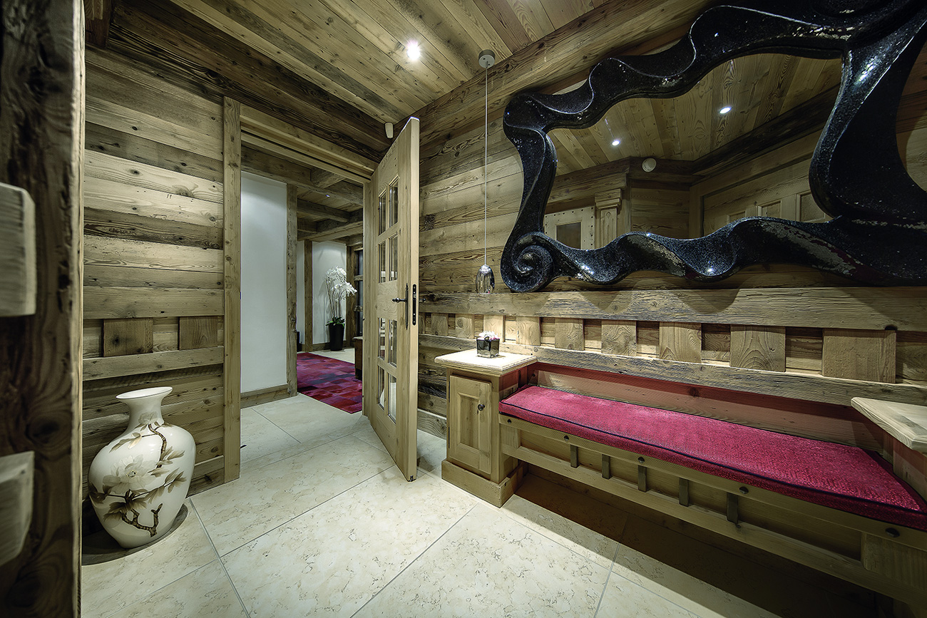 Luxury Catered Chalets Pearl