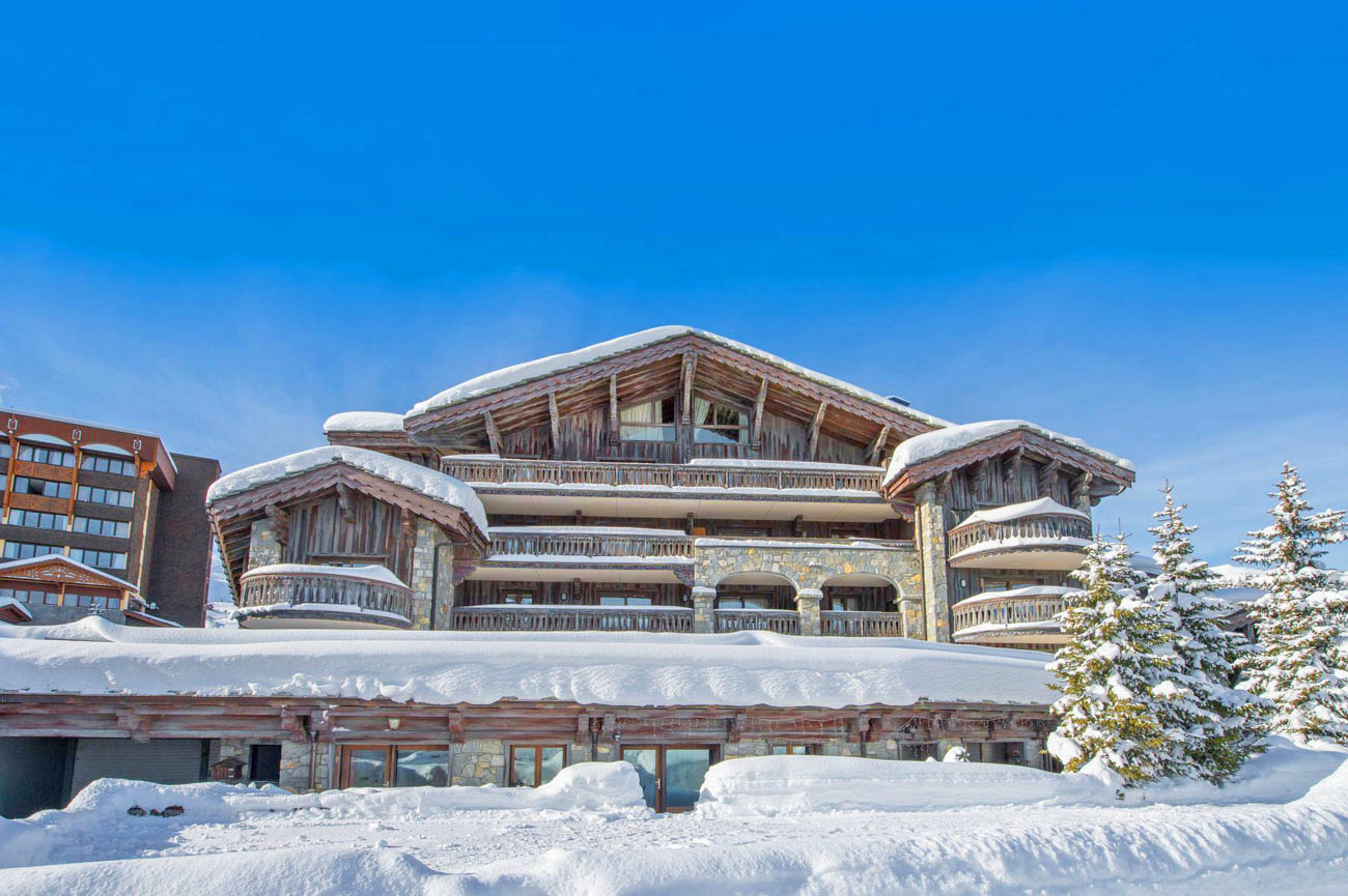 Luxury Catered Ski Chalet Pralon