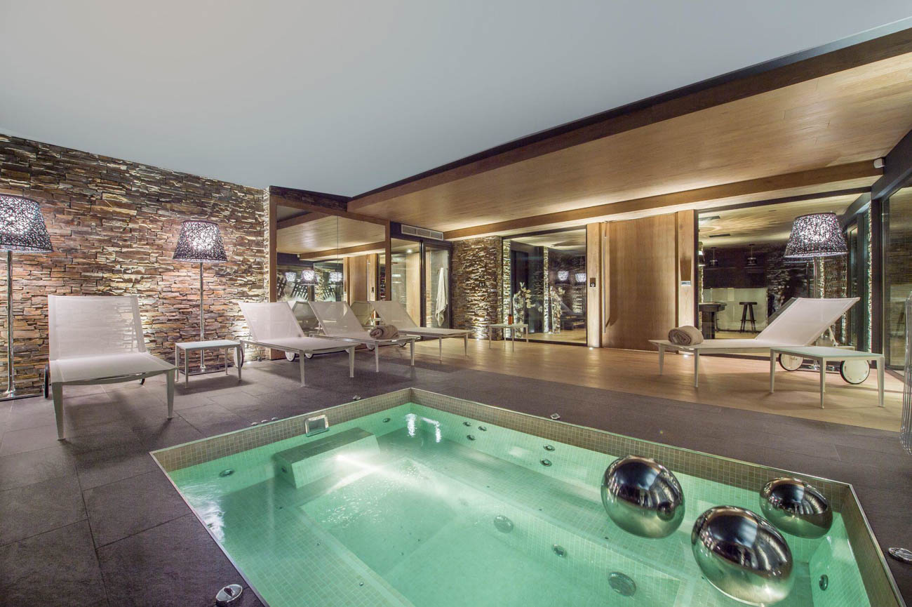 luxury homes for rent Courchevel